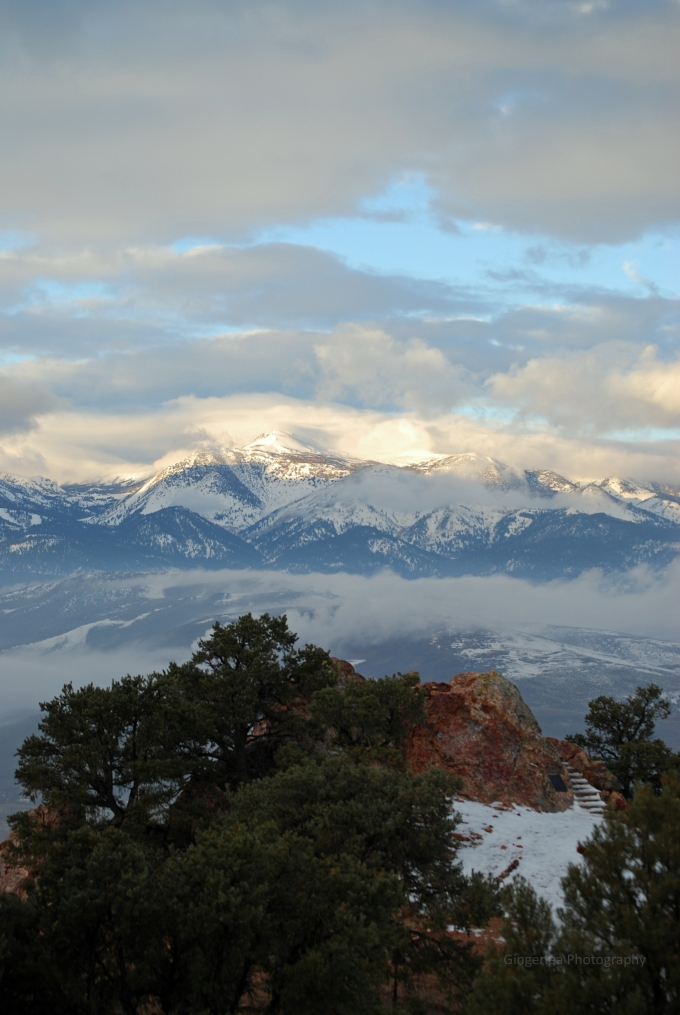One more from my commute to work.   I love these mountains.
